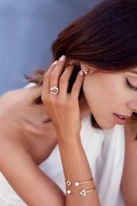 Γυναικείο κόσμημα, Jewelor Κόσμημα & Ρολόι