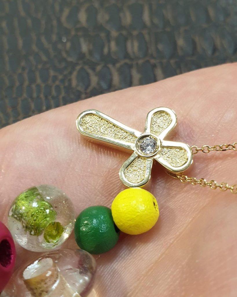 Βαπτιστικός σταυρός χρυσός με ζιργκόν Jewelor