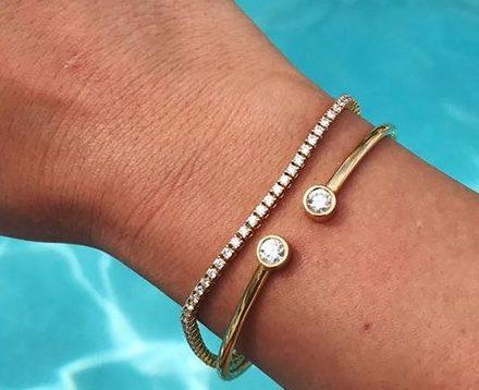 5+1 συμβουλές για να χαρείτε τα κοσμήματά σας (και) το καλοκαίρι